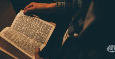 """¿Por qué la Biblia es """"esencial""""?"""